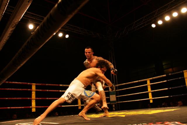 Titín y Nashebo en un lance del combate