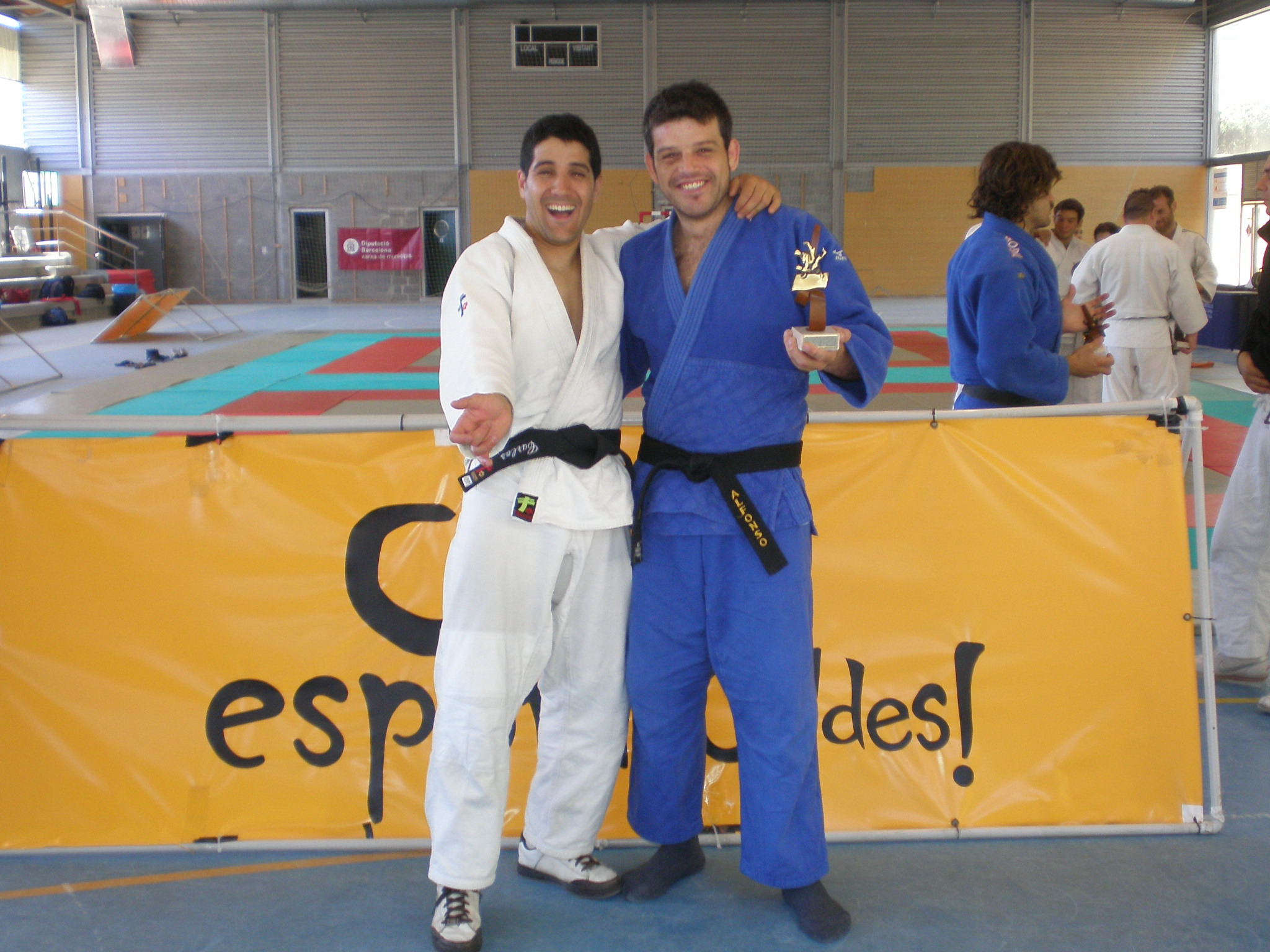 Carlos y Alfonso celebrando el resultado